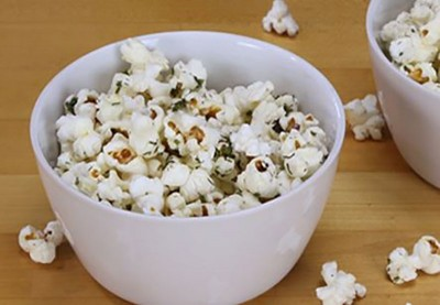 Healthy Lee | Recipe: Ranch-Chive Popcorn