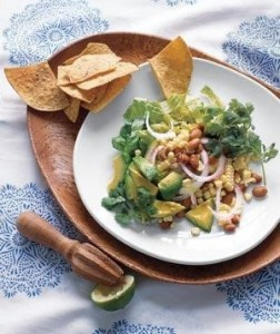 Healthy Lee | Recipe: Southwestern Salad with Corn and Avocado